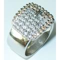 #5913 Hõbesõrmus tsirkoonidega ja kristallidega