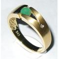 #2703 Kuldsõrmus smaragdi ja teemantiga